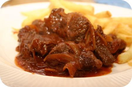 Portugees Gestoofd Rundvlees
