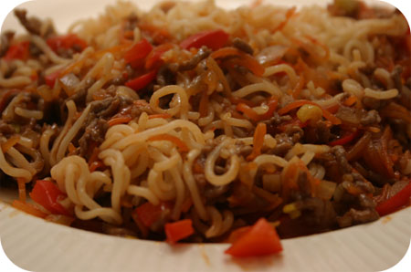 Noodles with Minced Beef in Spicy, Sweet Sauce