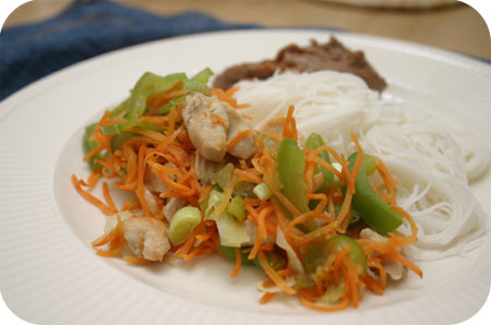 Rice Noodles with Chicken, Peppers, Carrot and Peanut Sauce