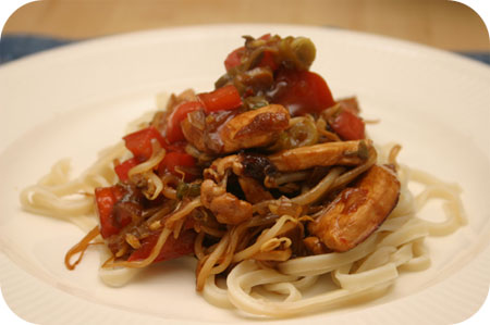 Noodles with Chicken Breast and Red Pepper in Spicy Sauce