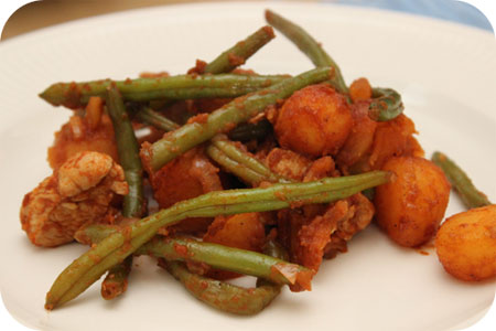 Potatoes with Chicken Breast and Green Beans