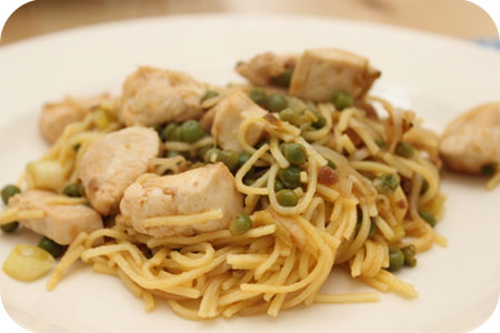 Pad Thai Noodles with Chicken and Peas