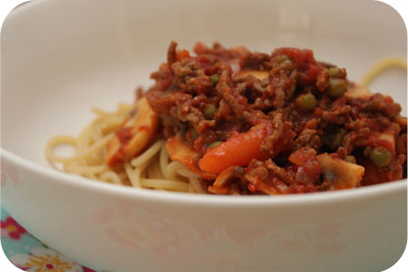 Spaghetti with Mushrooms, Peas, Carrots in Minced Beef-Tomato Sauce