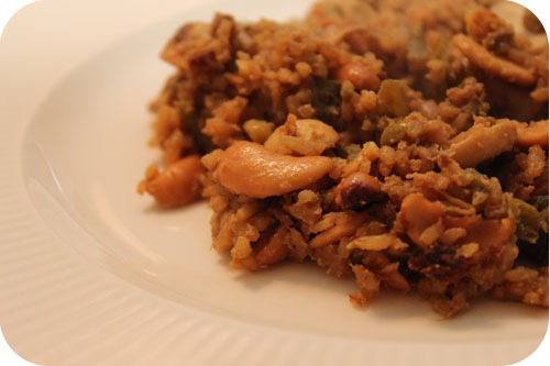 Rice with Chicken, Beans and Cashew Nuts