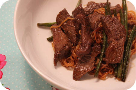Noodles with Beef and Green Beans