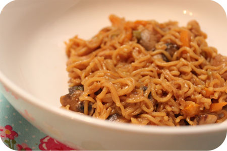 Noodles with Chicken Breast and Iki Beer Marinade