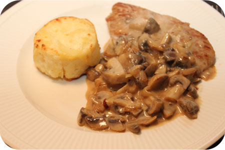 Pork Escalopes in Mushroom Sauce