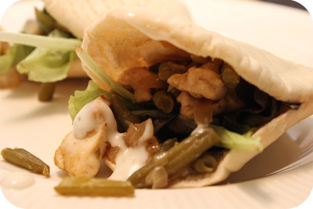 Chicken shawarma Bun with green beans