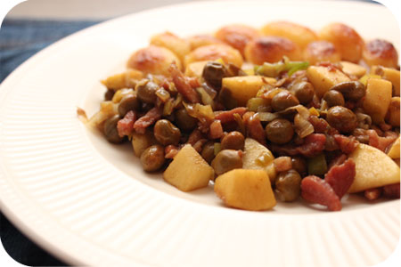Marrowfat Peas with Leek, Bacon and Apple