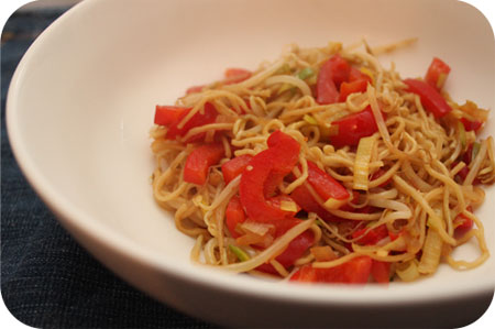 Vega: Noodles met Prei en Paprika