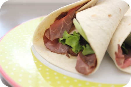 Wraps for Lunch: Wraps met Rosbief en Satésaus