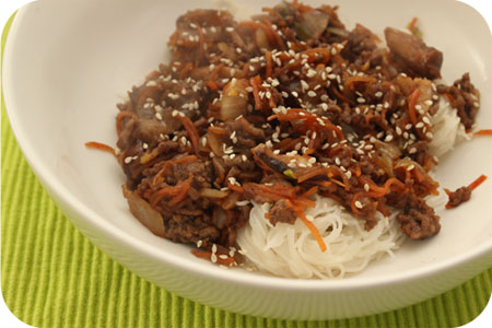 Rice Noodles with Minced Beef, Shiitake and Carrot