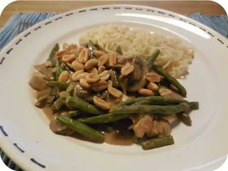 Noodles with Beans and Mushrooms in Peanut Sauce
